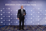 John Cappetta from Bank Julius Baer receives the award for Best Private Bank - Fund Advisory Services