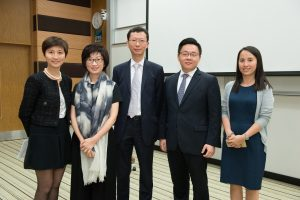 Florence Kui (far left), Chief Operating Officer, Asia Pacific, Goldman Sachs Private Wealth Management, at a university recruiting event
